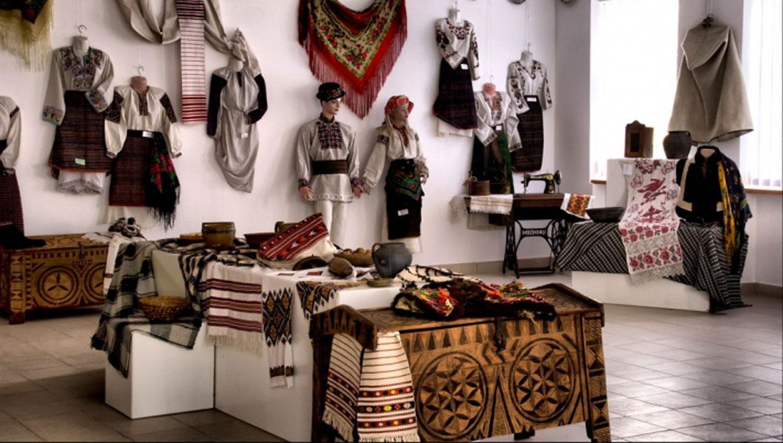 Музей народної творчості Михайла Струтинського
